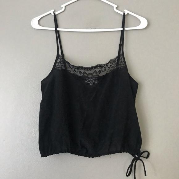Aritzia Wilfred 100% silk lace trim crop tank top